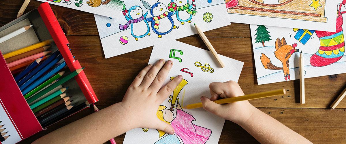 Come organizzare i lavoretti dei bambini
